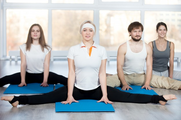 seated-straddle-pose_1163-1062